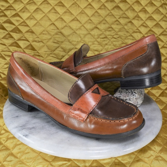 4d01bfeab875 Naturalizer N5 Comfort JUNE 2 Tone Brown Loafers. M 5ab9affaf9e5012f3df06353